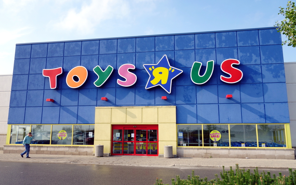 Send Nudes Spotted At Rockfords Toys R Us Is Toys R Us Going Out - Google maps toys r us